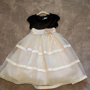 Girls formal dress size 6x